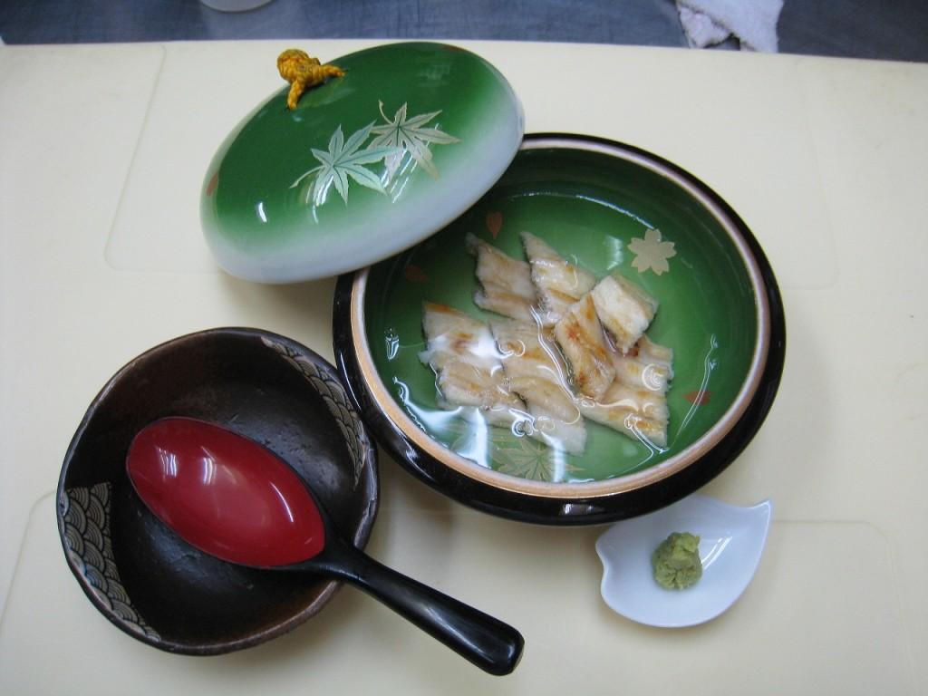 うなぎ白川蒸し(半尾)  1,350円